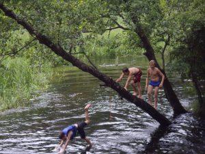 Plaukimas baidarėmis Lakaja