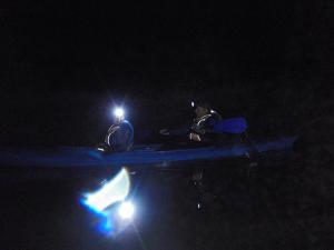 Plaukimas-Baidarėmis-Naktį-Siesartimi
